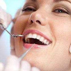 Zánět dásní vyřeší zubař