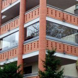Zasklenie terasy v dome aj v byte